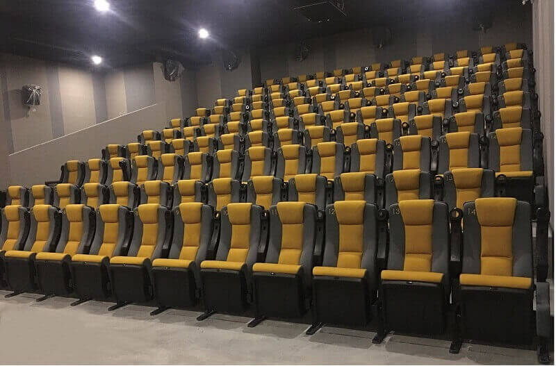 3 seat theatre chairs