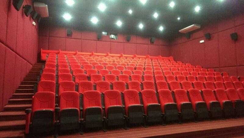 folding movie chairs